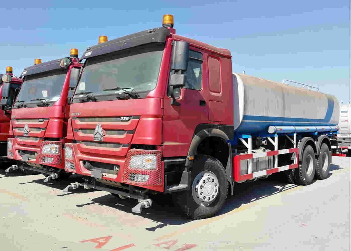 18m3 Tank Water Sprinkler Truck Sinotruk Howo 6x4 10 Wheeler For Mining / Construction